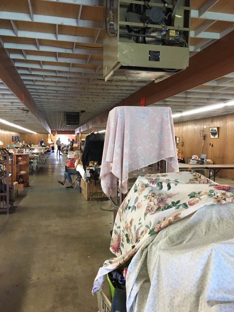 Chico Indoor Flea Market: 2357 Fair St, Chico, CA