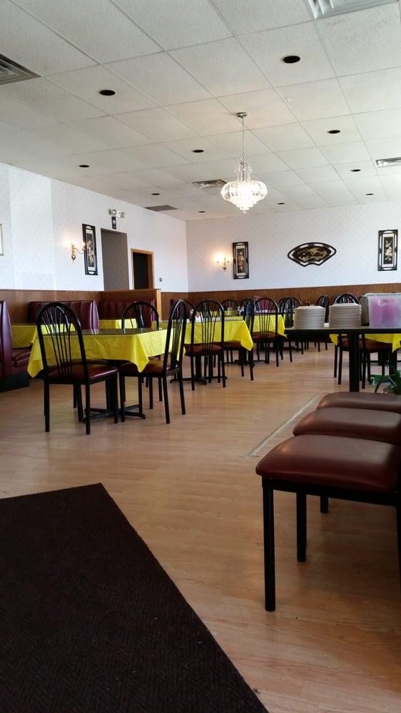 China Inn: 630 Plaza Dr, Sycamore, IL