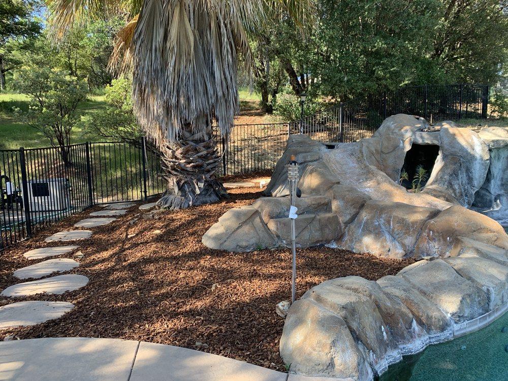 Don Robinson Sand & Gravel: 2145 Grass Valley Hwy, Auburn, CA