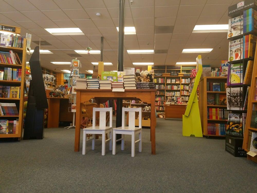 Book Passage: 51 Tamal Vista Blvd, Corte Madera, CA