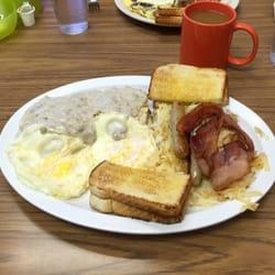 Photo Of Grandma Vickie S Cafe Lake Geneva Wi United States The Hangover