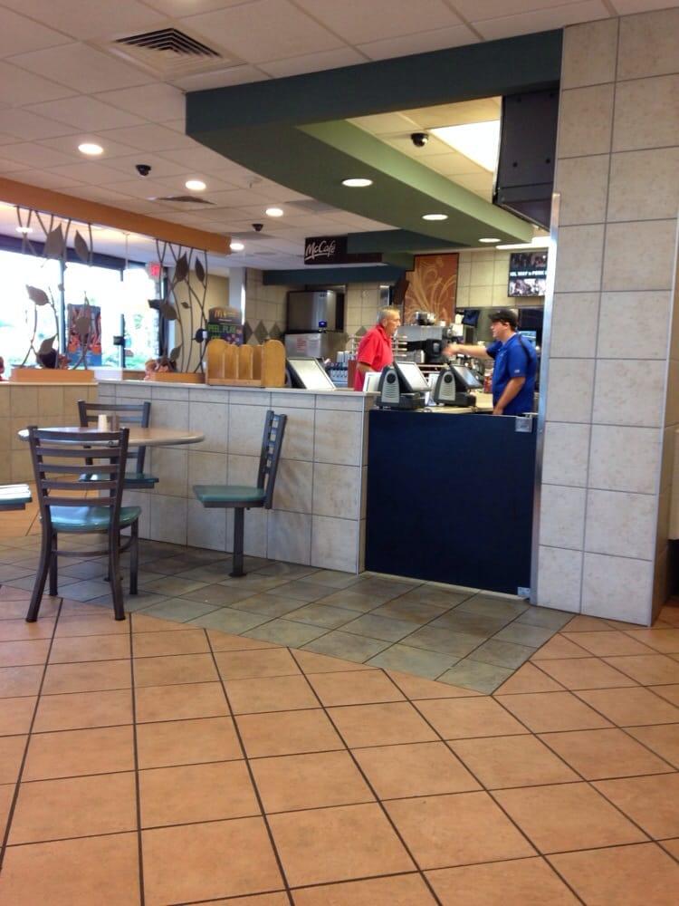 McDonald's: 401 N Main St, Jamestown, TN