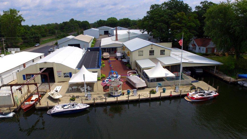 Wawasee Boat Company: 6521 E Cornelius Rd, Syracuse, IN