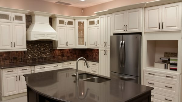 Rockwood kitchens cabinetry 45 commerce park drive for 10x12 kitchen designs