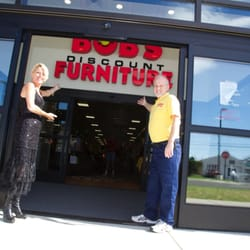 Bob S Discount Furniture 22 Photos 46 Reviews Furniture Stores 3050 Middle County Rd