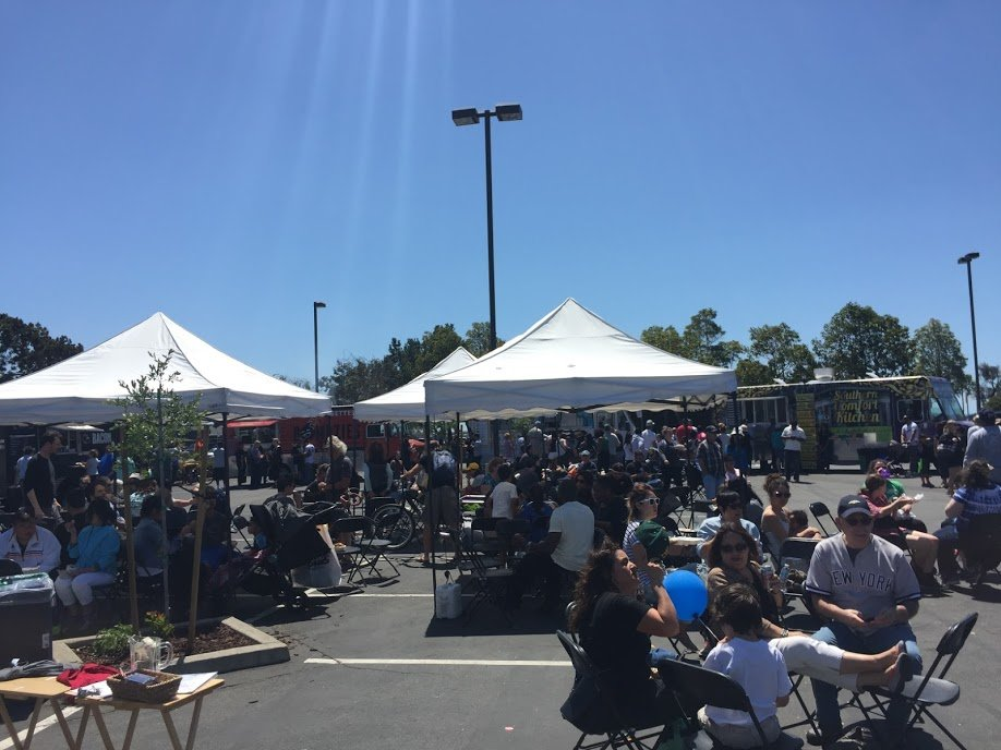 Off the Grid: Alameda at South Shore Center