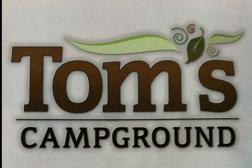 Tom's Campground: 2626 Spring Rd, Dodgeville, WI