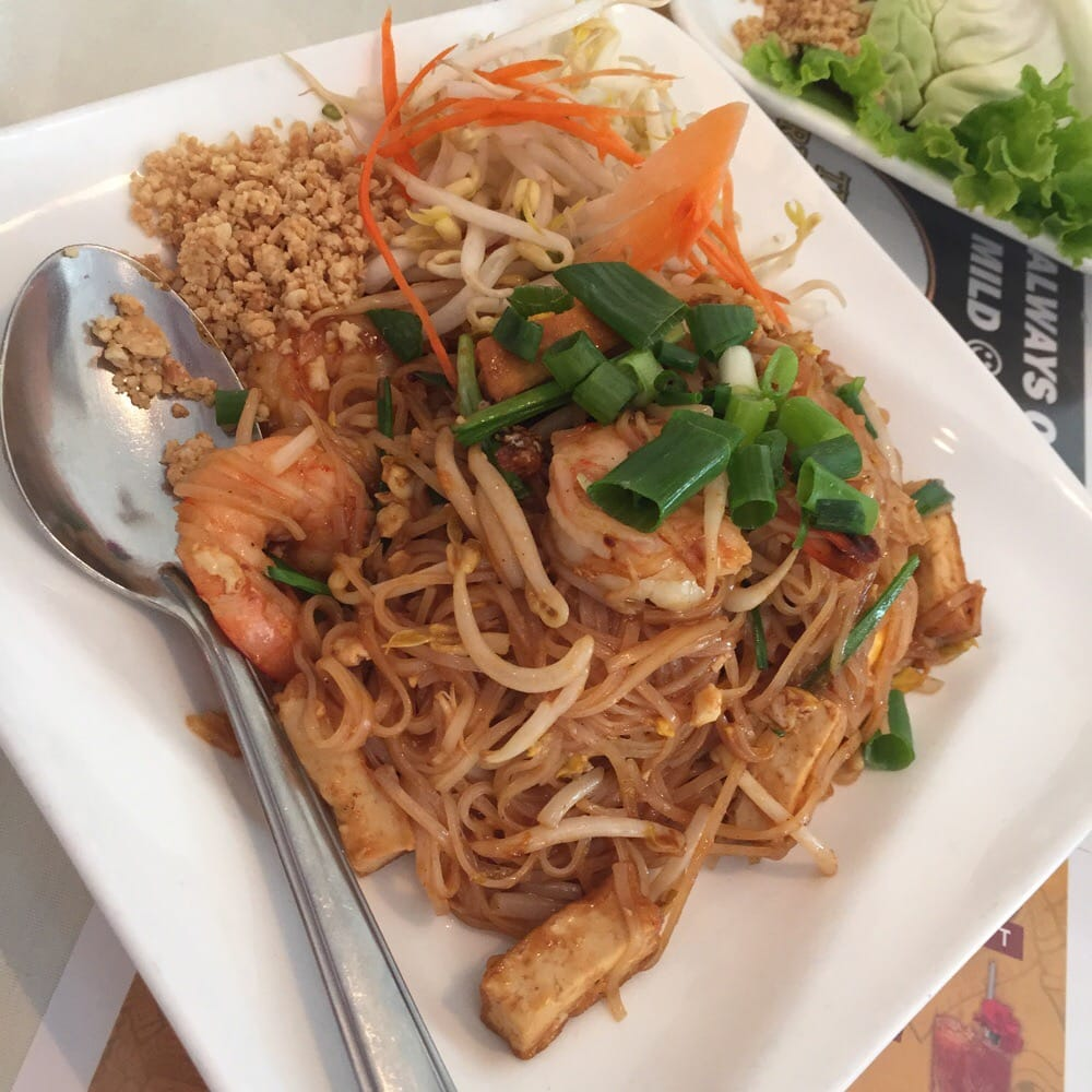 Pad thai with chicken very good yelp for Ano thai lao cuisine