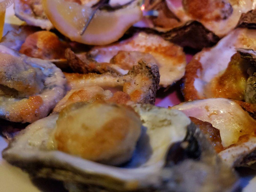 Oyster Bay Seafood Cafe: 125 W Crogan St, Lawrenceville, GA