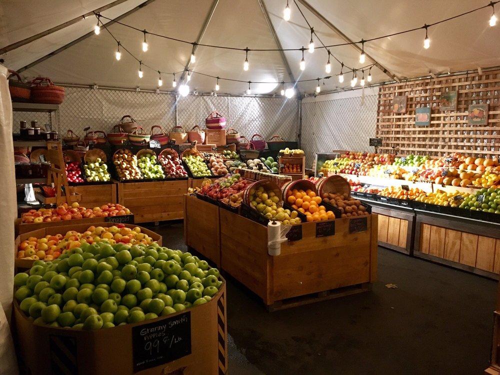Talarico's Produce: 2230 SE Hawthorne Blvd, Portland, OR