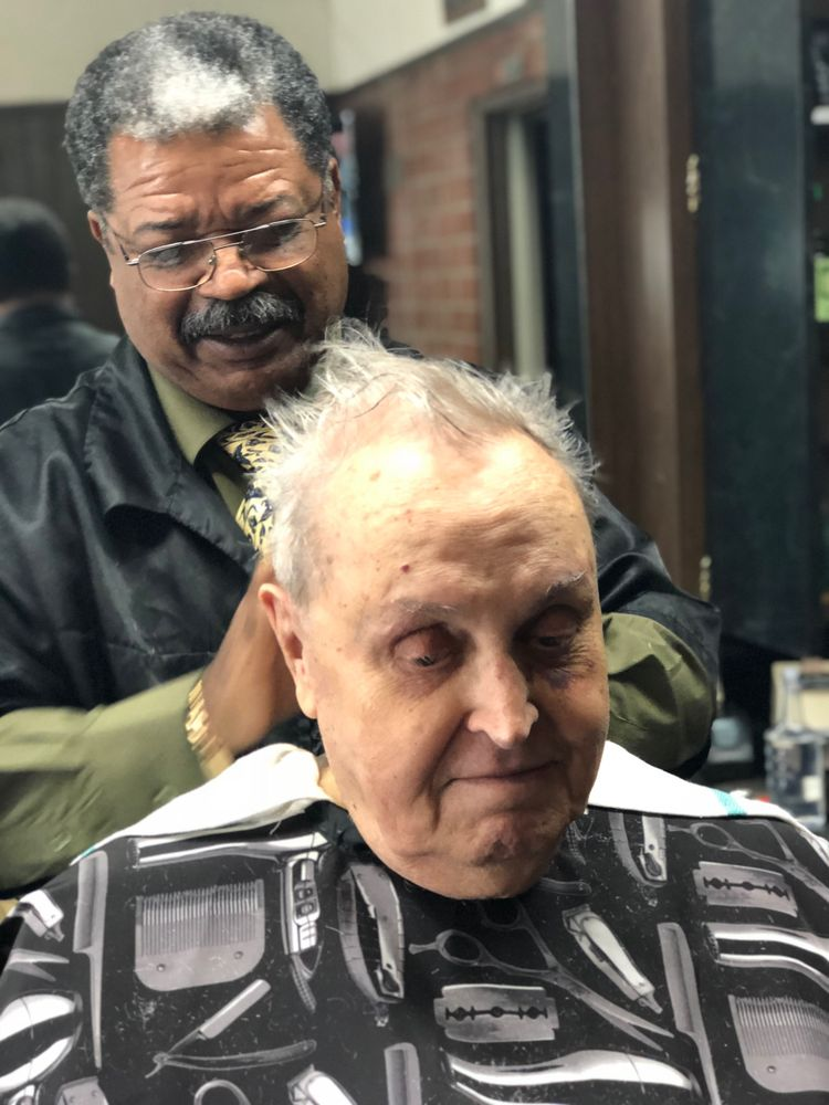 Atr Park Place Barbers 21 Photos 38 Reviews Barbers 113 Park