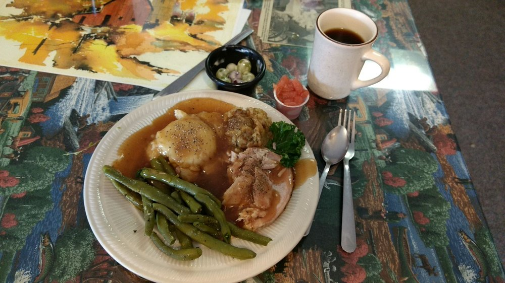 Kountry Korner Kafe: 418 Douglas Ave, Henning, MN