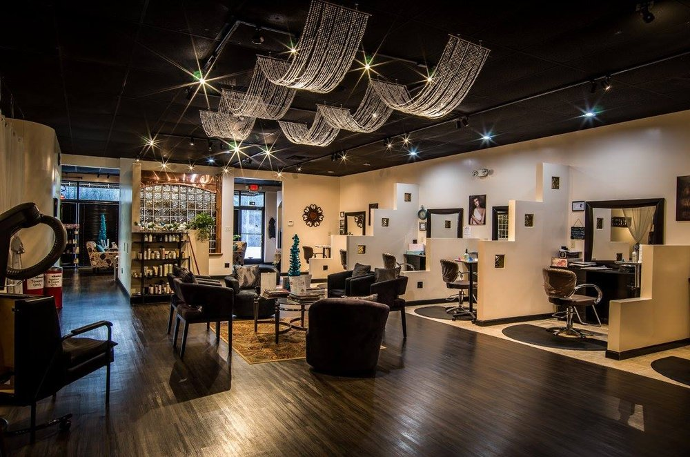 Moda Vita Salon and Spa: 10239 Clemson Blvd, Seneca, SC