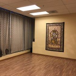 Divine Yoga Studio - 35 Photos - Yoga - 255 King St, Mission