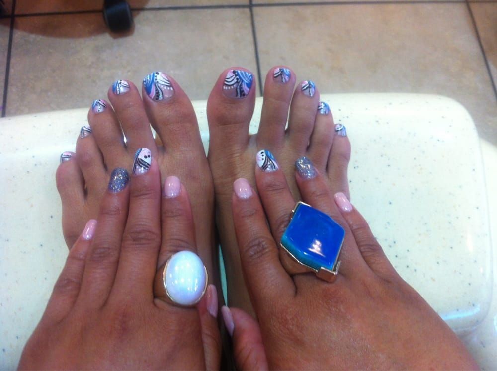Nail airbrush designs pictures best airbrush nail art designs nail airbrush designs pictures intricate nail designs done by hand no airbrush yelp prinsesfo Gallery