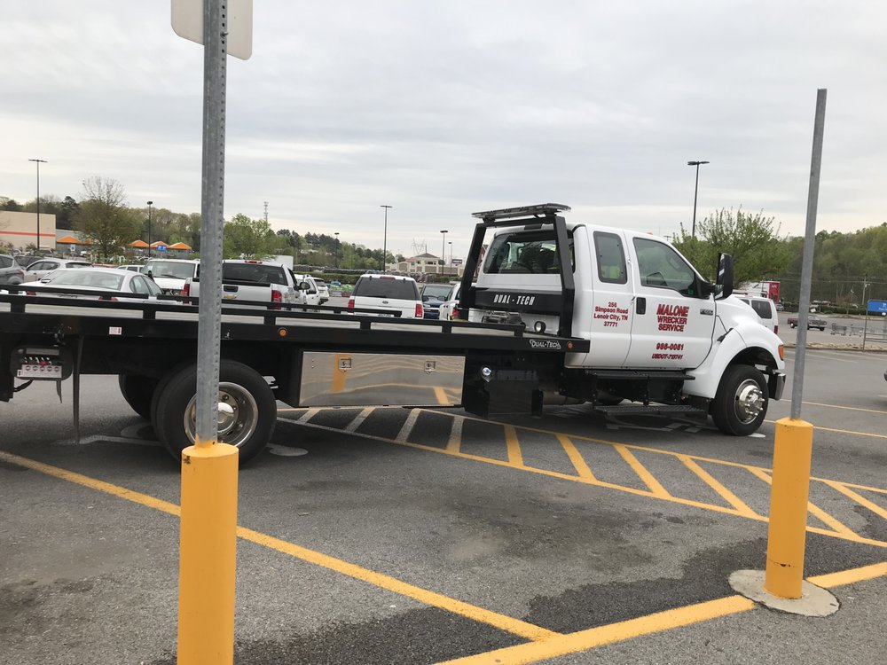 Malone's Wrecker Service: 400 E Broadway St, Lenoir City, TN