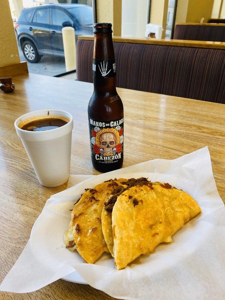 Tj's Tacos & Birria: 710 San Benito St, Hollister, CA