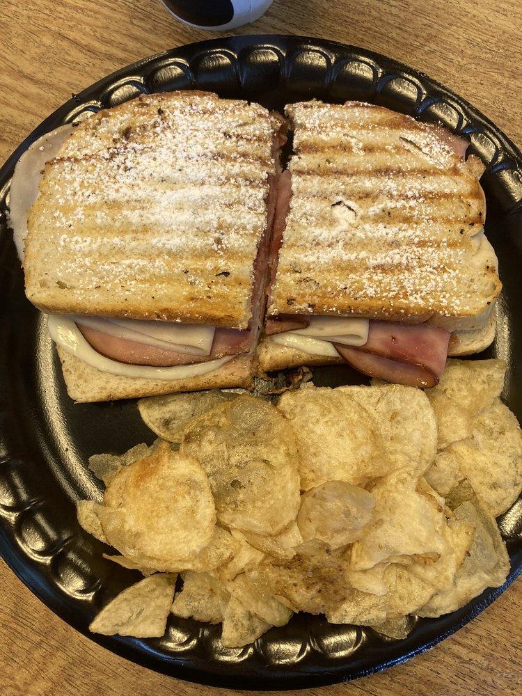 Butter Churn Cafe: 57 S Main St, Waynesville, OH