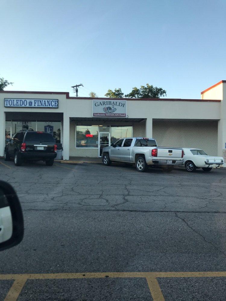 Garibaldi Restaurant: 1331 Clarksville St, Paris, TX