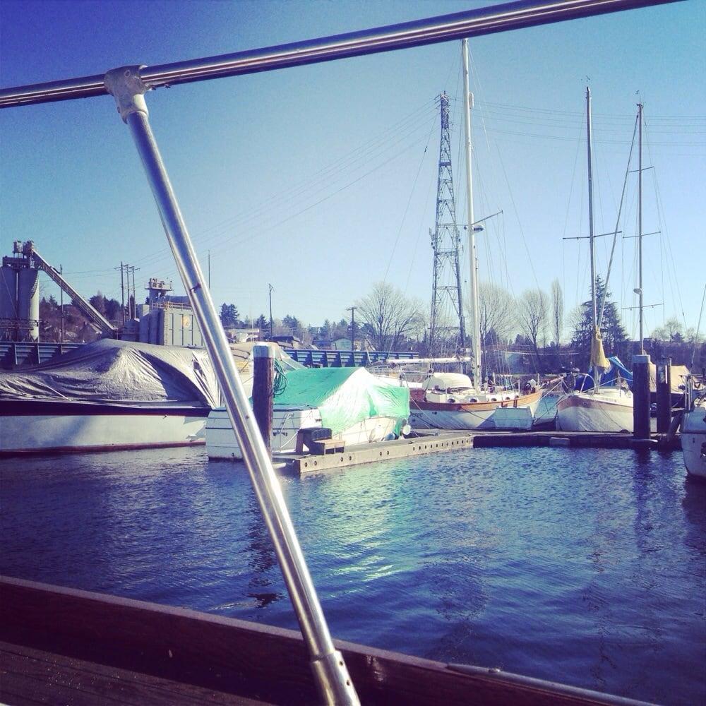 Canal Marina: 360 W Ewing St, Seattle, WA