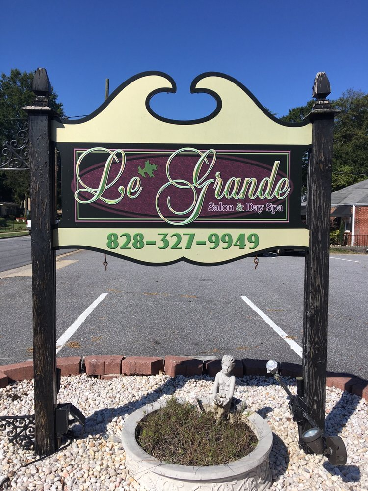 Le Grande Salon And Day Spa Hickory
