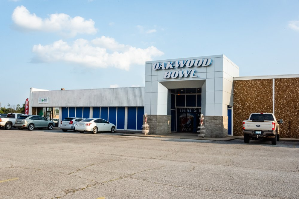 Oakwood Bowl: 4709 W Owen K Garriott Rd, Enid, OK