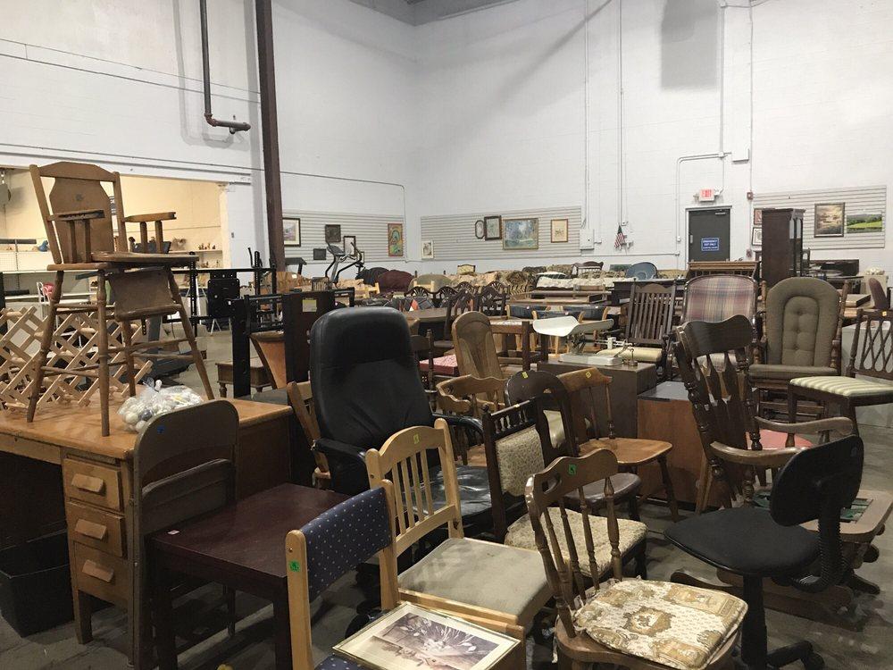 Thrift King: 430 Rodi Rd, Penn Hills, PA
