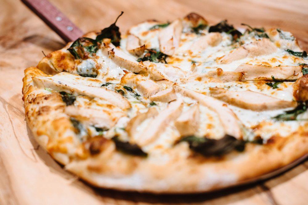 Ginny's Neighborhood Pizza Joint: 5549 Old William Penn Hwy, Murrysville, PA