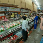 Tamashiro market 432 photos 165 reviews grocery for Honolulu fish market