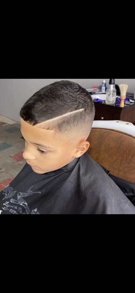 Ark City Barber: 107 W Central Ave, Arkansas City, KS