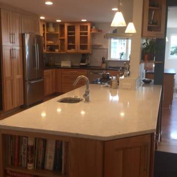 Amazing Kitchen and Bath Cabinets - Kitchen & Bath - 139 N Maple St ...