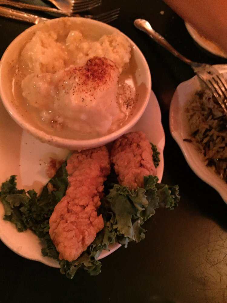 Tad's Chicken 'n Dumplins: 1325 E Historic Columbia River Hwy, Troutdale, OR
