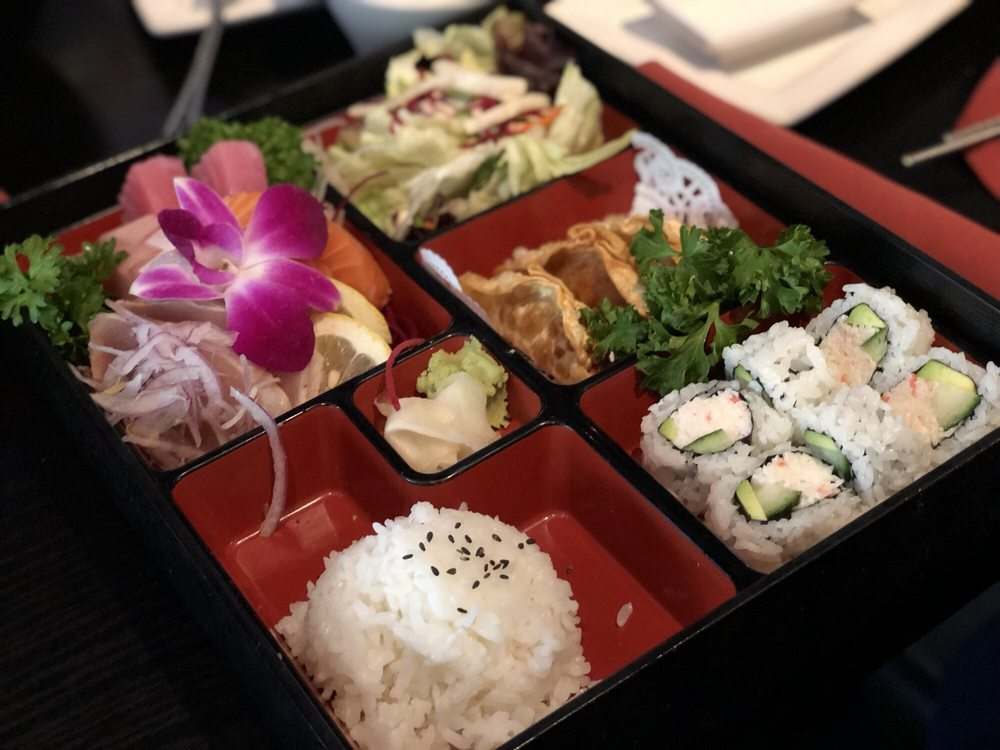 JIN Sushi- Downtown: 1600 19th St, Bakersfield, CA