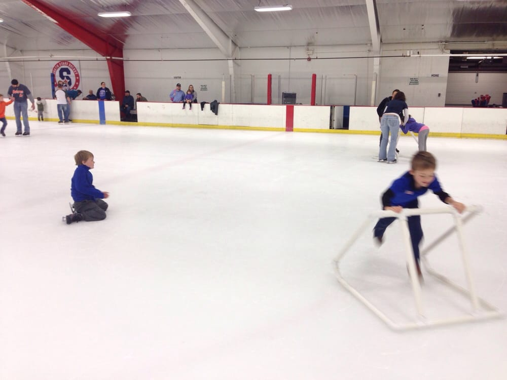 Perry Park Ice Rink - 415 E Stop 11 Rd, Indianapolis, IN