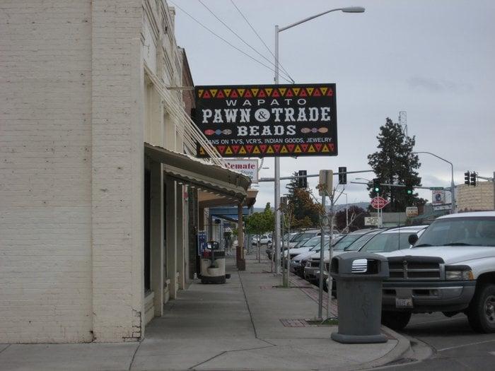 Wapato Pawn & Trade: 201 S Wapato Ave, Wapato, WA