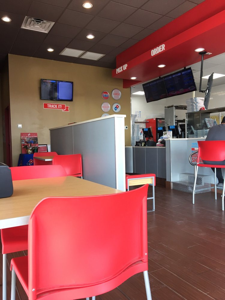 Domino's Pizza: 119 Business Park Dr, Kenedy, TX