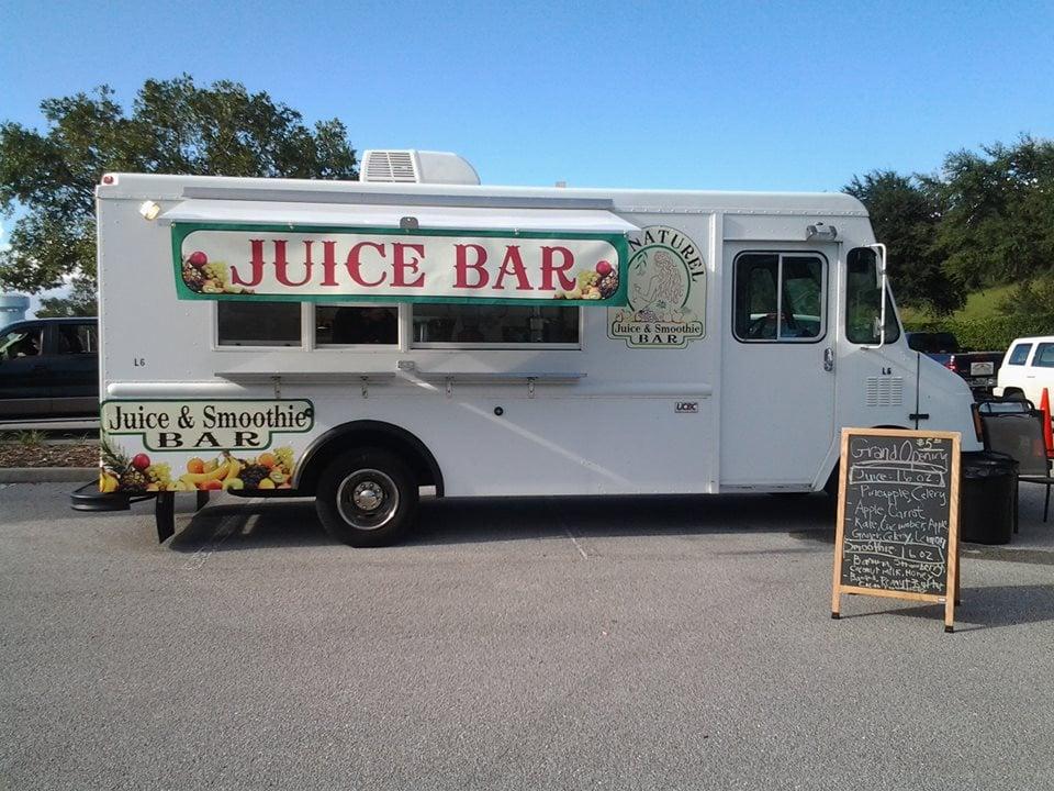 Au naturel juice and smoothie bar food trucks downtown for Food truck juice bar