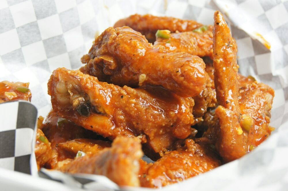 Fish 'n Wingz: 9002 E 42nd St, Indianapolis, IN