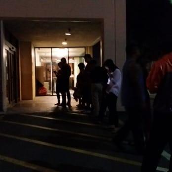 UPS Customer Service Center - 28 Photos & 62 Reviews - Shipping ...