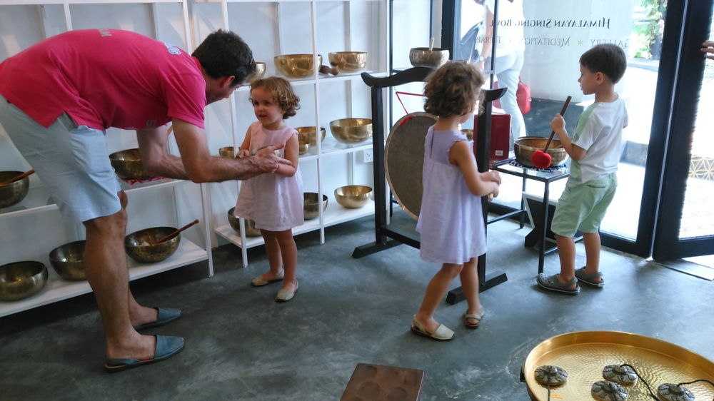 The Singing Bowl Gallery
