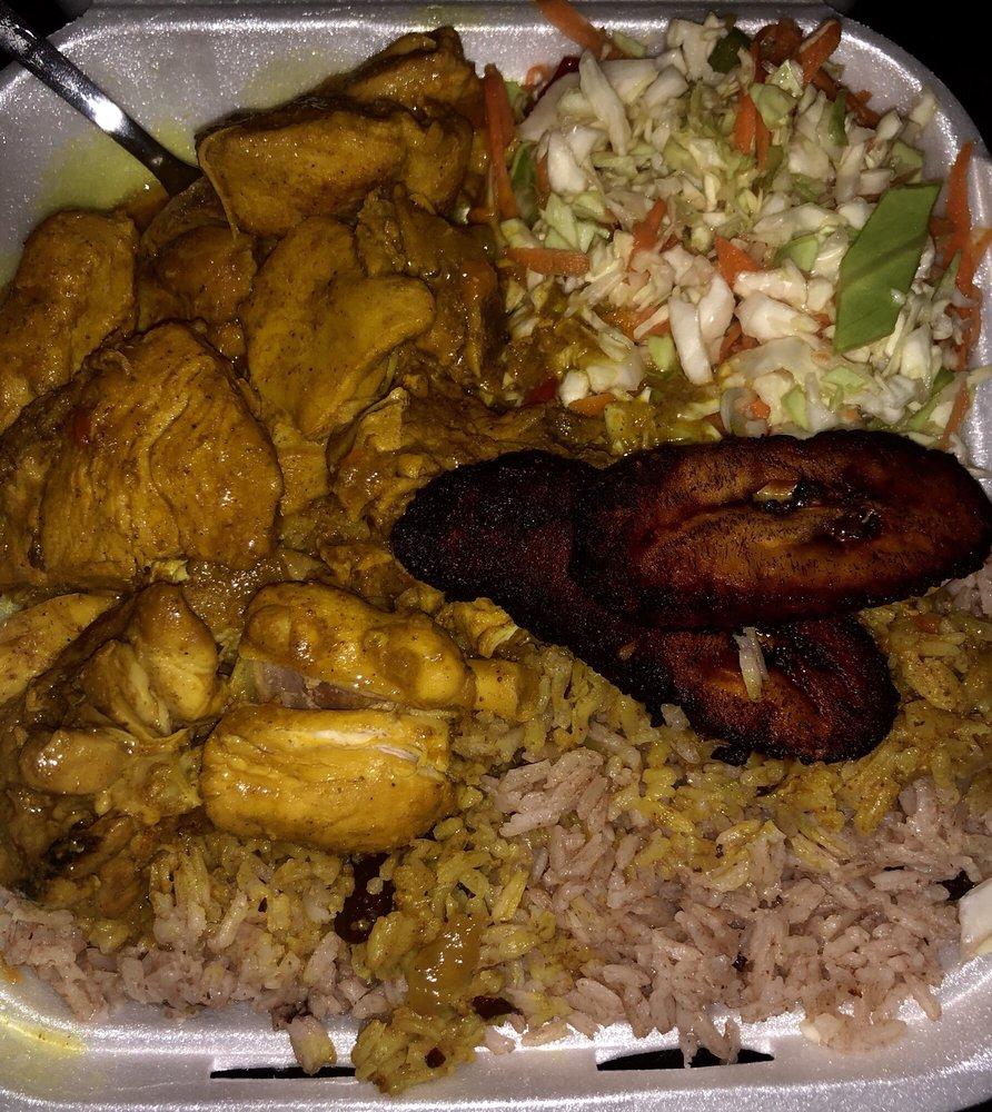 RJs Caribbean restaurant & market: 455 Oro Dam Blvd, Oroville, CA