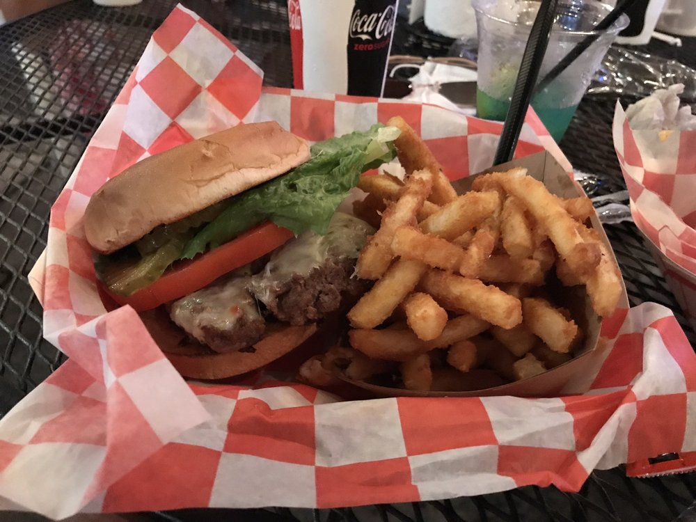 The Thirsty Turtle Tavern: 265 Nautical Dr, Grand Rivers, KY