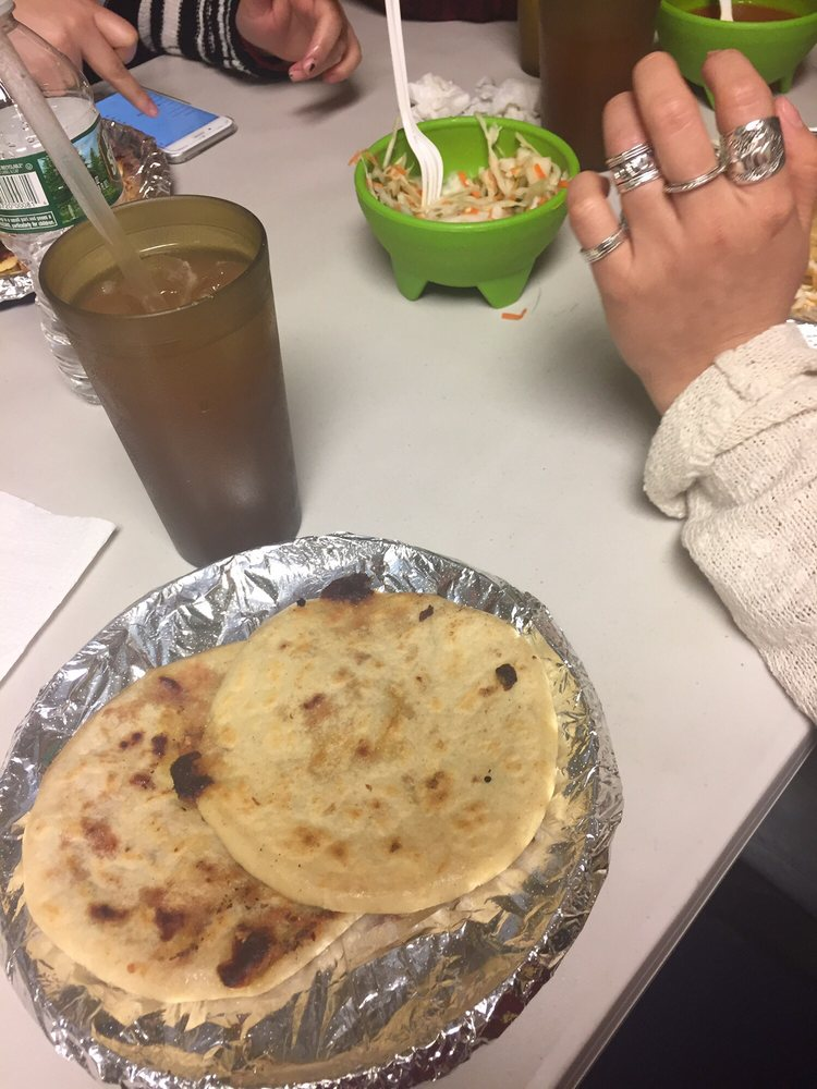 how to make pupusas revueltas