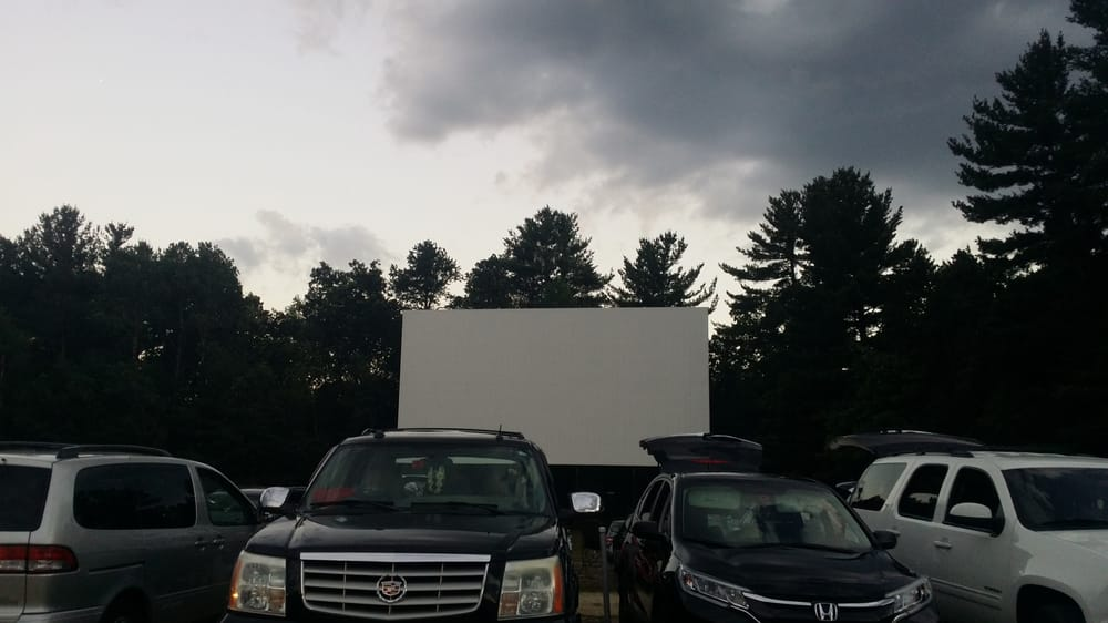 Milford Drive-In Theater: 531 Elm St, Milford, NH