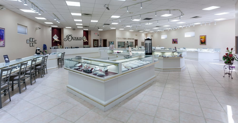 Dunkin's Diamonds: 2298 Elida Rd, Lima, OH