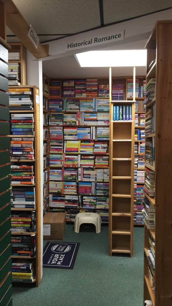 The Book Rack: 13 Medford St, Arlington, MA