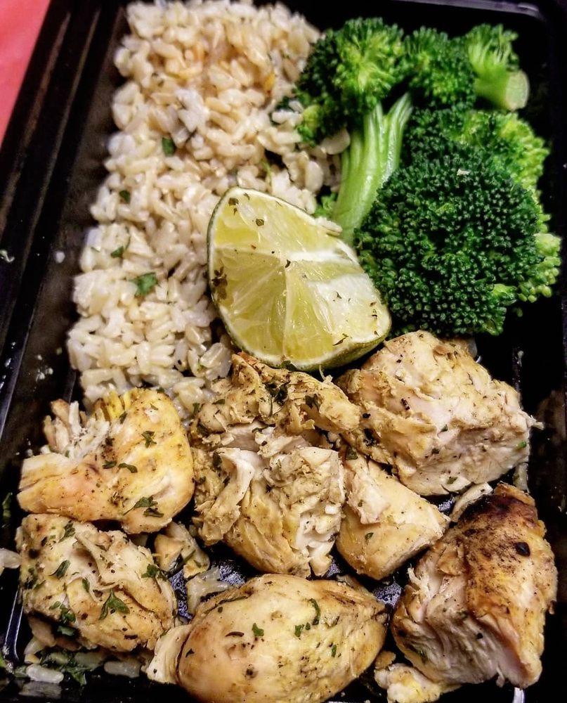 Macrofit Meal Prepping: 9849 Atlantic Ave, South Gate, CA