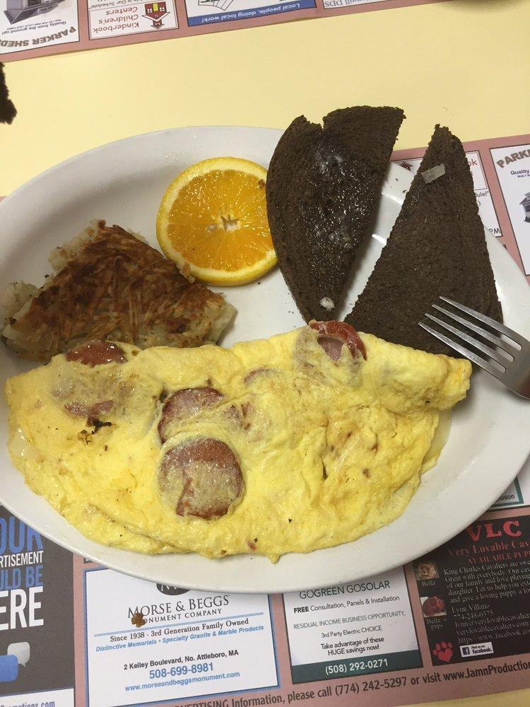 Goochie S Cafe Plainville Ma