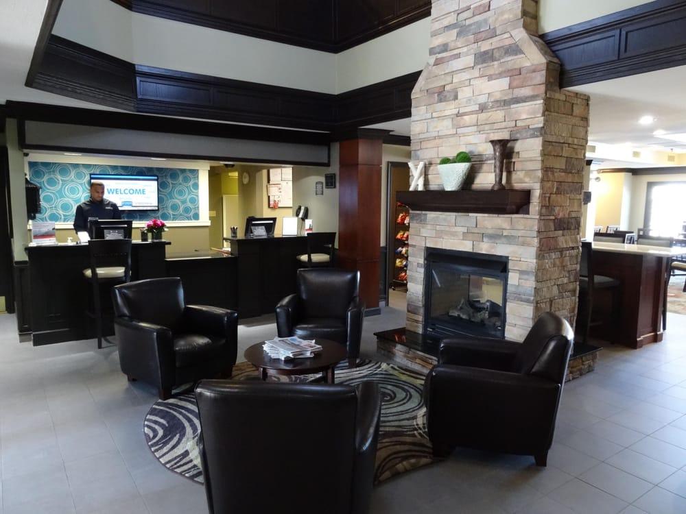 Staybridge Suites Herndon-Dulles: 13700 Coppermine Rd, Herndon, VA