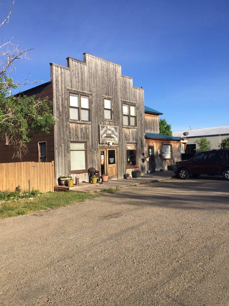 Crazy Mountain Inn: 110 Main St, Martinsdale, MT